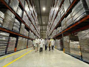 u visita al almacén logístico de Ybarra